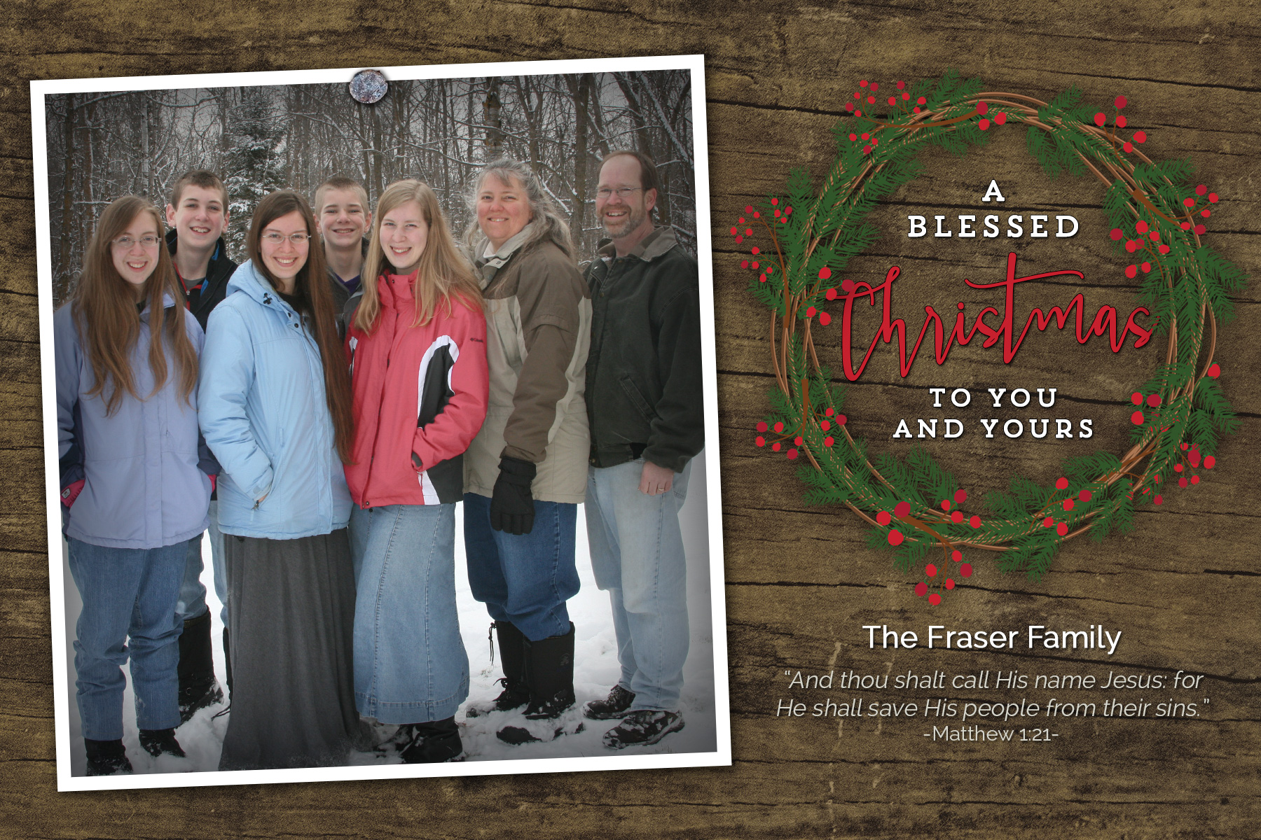 family-Christmas-rustic-4x6-layered